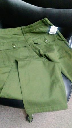 Urban Outfitters - Authentic Cargo Pants - Slacks - Moss Gre