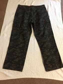 CASE i Camouflage Mens Cargo Pants SZ 38 X 30 100% Cotton  G