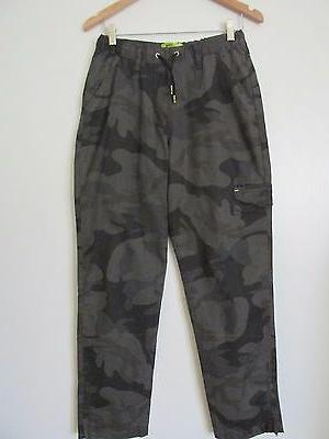 Lee Sport  Gray/Black Camo Print Zip Ankles Cargo Pants NWOT