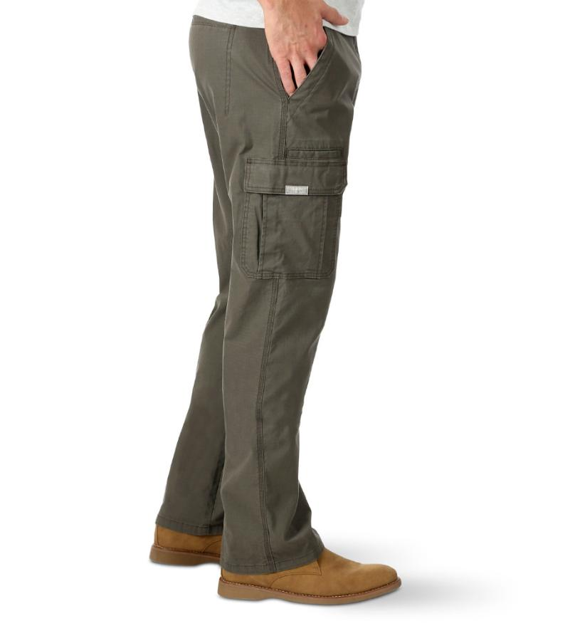 NEW Mens Wrangler Relaxed Fit with Stretch