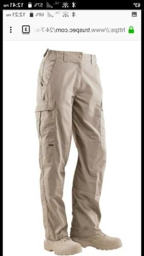 Mens cargo pants size 24-7 series