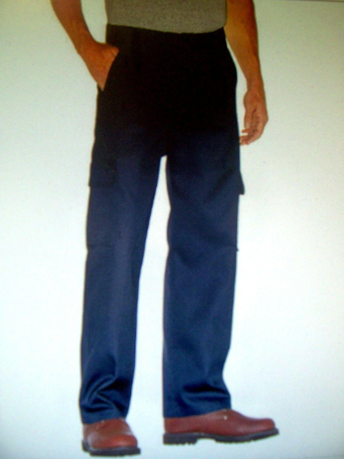 relaxed fit straight leg cargo pockets work