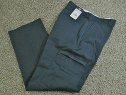 Dickies LP337 Men's Industrial Cotton Cargo Pant Black 34W x