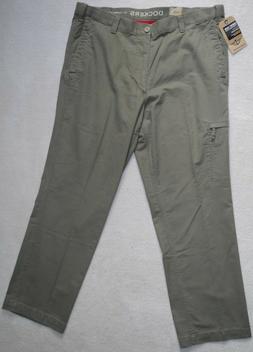 Dockers Men's Cargo Pants D3 Classic Fit Comfort Waist Beige