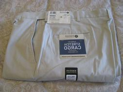 Men's HAGGAR CLASSIC FIT STRETCH CARGO PANTS  New w/Tags  Si