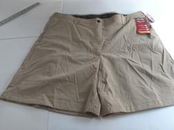 "Men's Wrangler Khaki 4 Way Flex 42"" Cargo Shorts Tan NWT NK9"