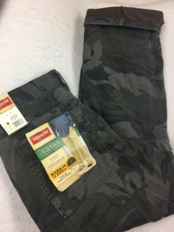 Wrangler Men's Size 32 X 30 Cargo Pants Gray Camo Fleece L