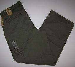 NEW Dockers 32X30 D3 Classic Fit Flat Front Cargo Pants Riff