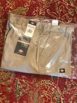 NWT Dickies 42x30 Khaki Cargo Pants Loose Fit Straight Leg