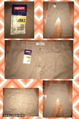 NWT Genuine Wrangler Men's Premium Quality  Cargo Pants 42 x