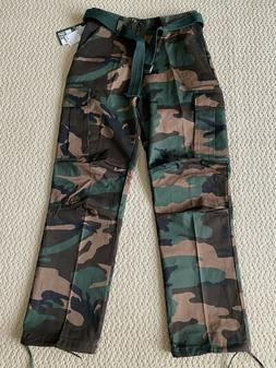 NWT Men's Regal Wear Green Camouflage Camo Belt Cargo Pants
