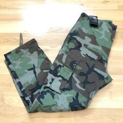 Nike SB Flex Camo Men Cargo Pants Size 34 Military Camouflag