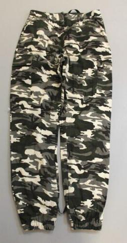 Pretty Little Thing Women's Camo Print Cargo Trouser Pants B